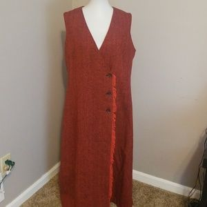 Harve' Benard red long sleeveless vest size 18